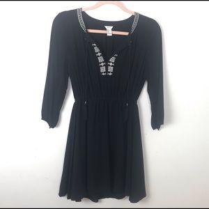 Forever 21 3/4 Sleeve V-Neck Dress w/ Embroidery